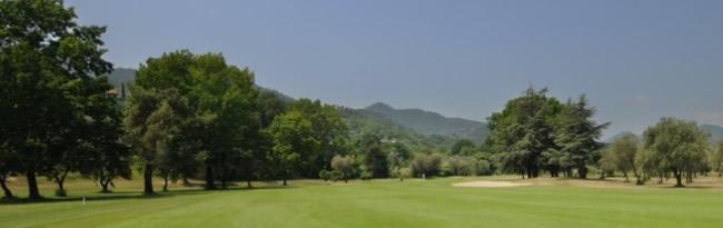 golfbaan bloemenrivièra /Ligurië, Italië
