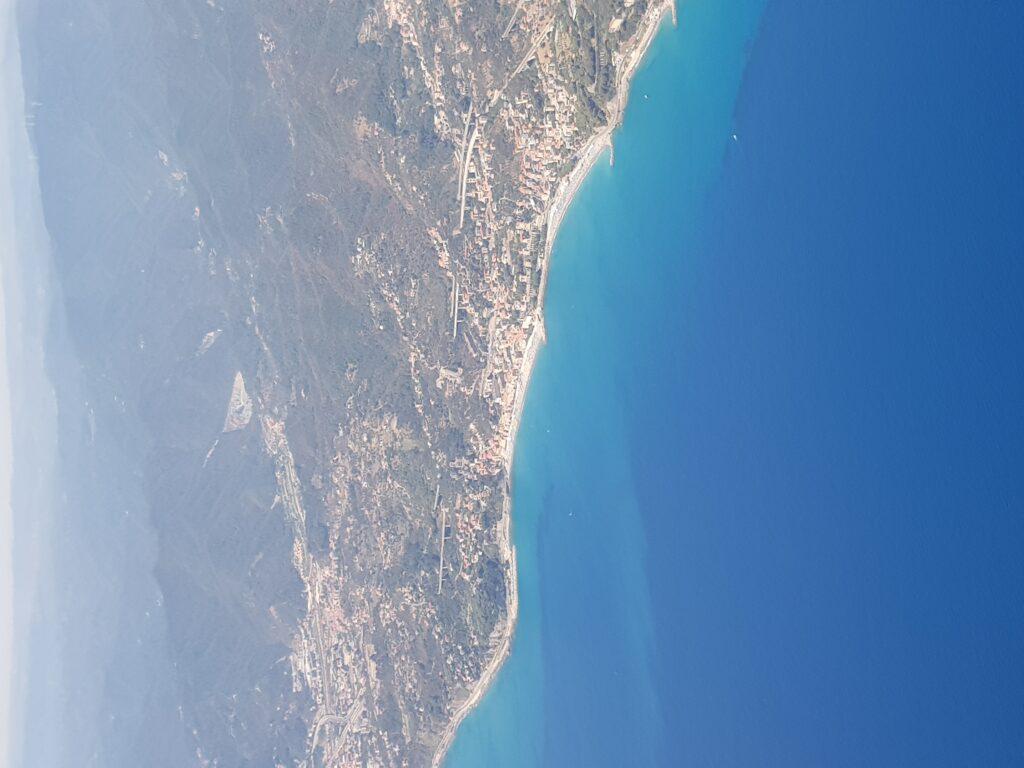 Prachtige Ligurische kust / Italiaanse Riviera / Italiaanse bloemenrivièra