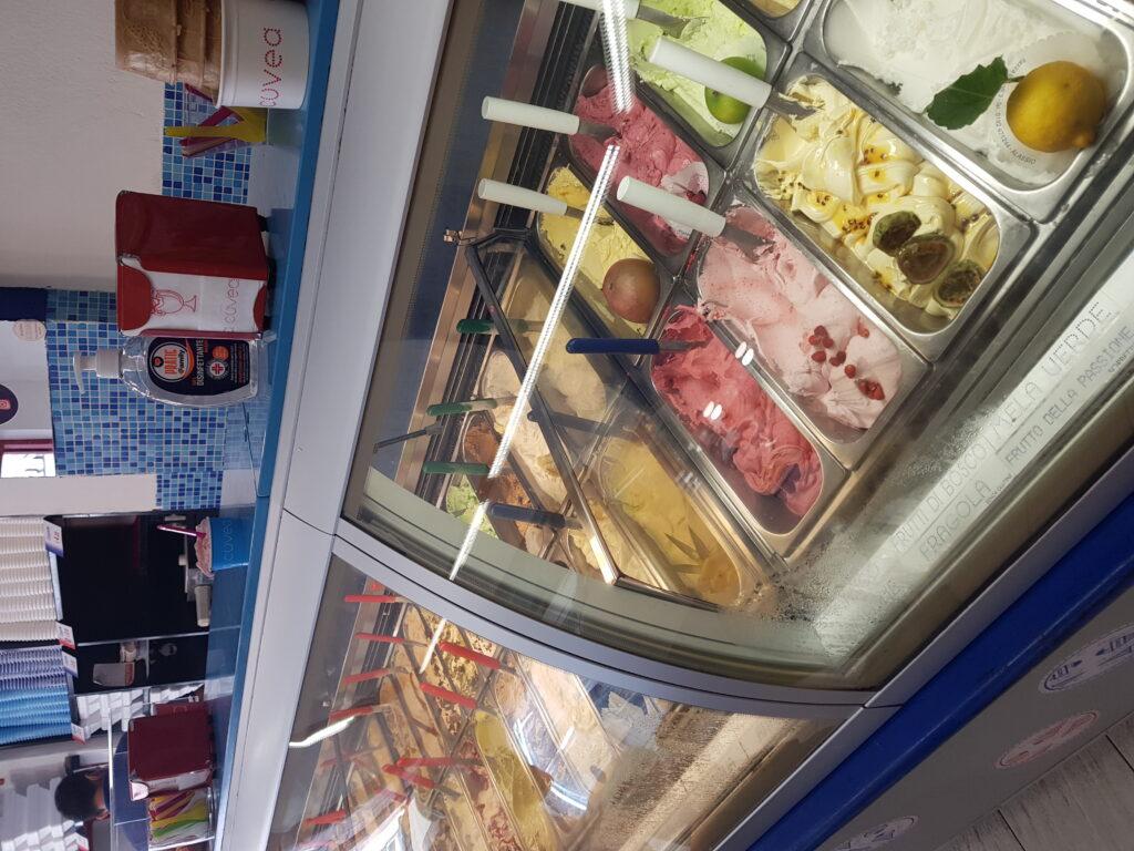ijssalon & gelateria a Cuvea, Alassio